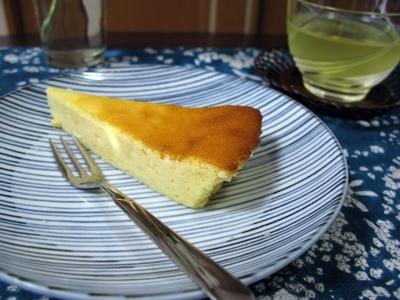 生クリームを使わないチーズケーキ_f0129726_20495934.jpg