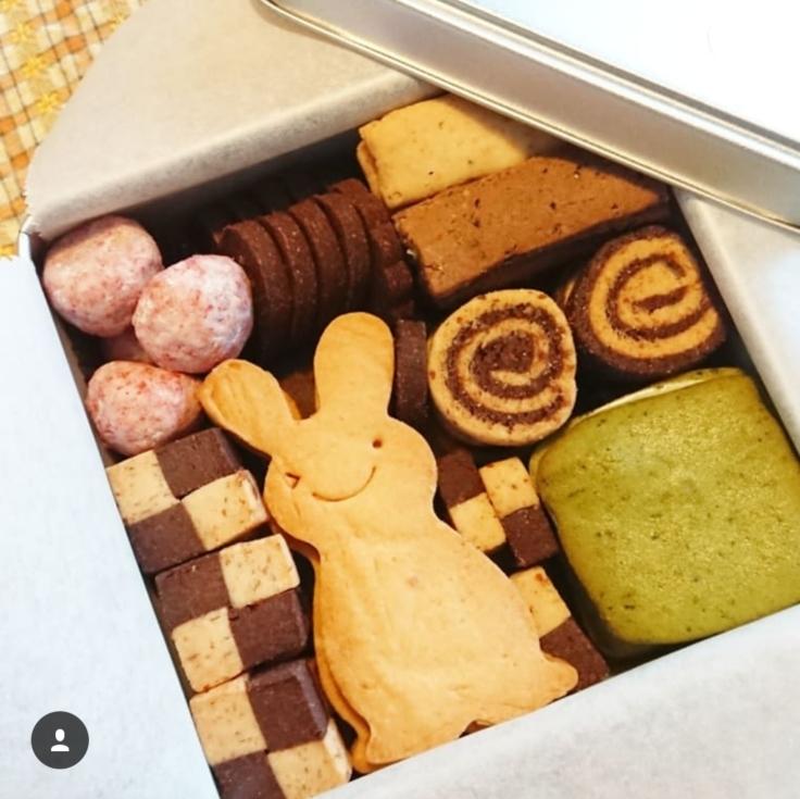 米粉のクッキー缶作り🎵_a0113430_07300019.jpg
