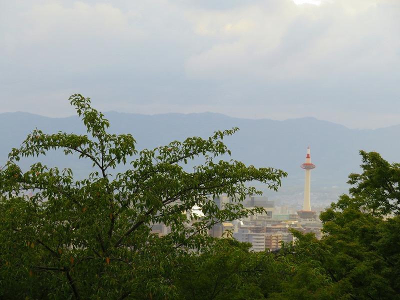 清水寺から京都市街を眺望20180824_e0237645_23463612.jpg