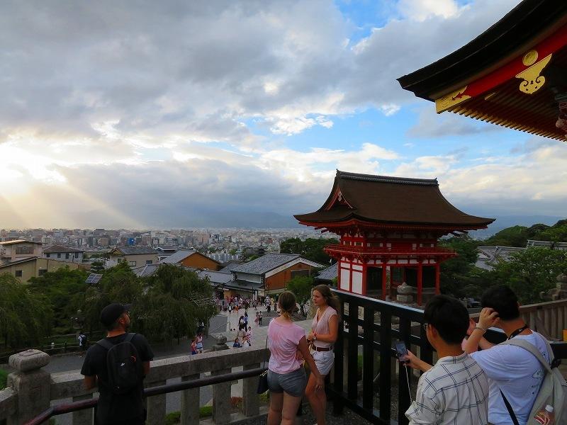 清水寺から京都市街を眺望20180824_e0237645_23463664.jpg