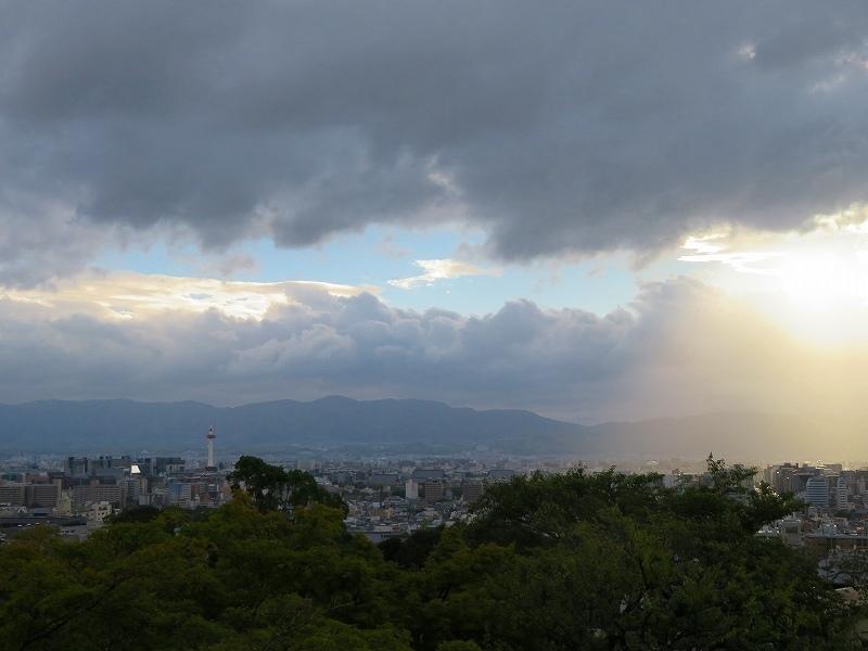 清水寺から京都市街を眺望20180824_e0237645_23463668.jpg