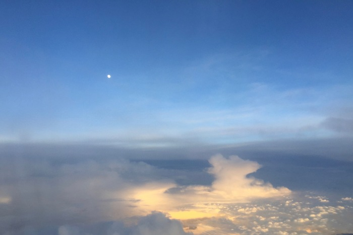 floating sky ..._f0057849_14232565.jpg