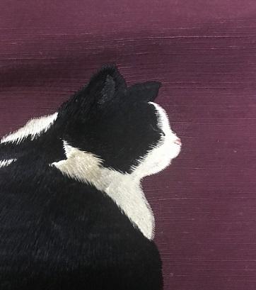 商品紹介・ふわふわ尻尾の本物のような白黒の猫の帯。_f0181251_1151299.jpg