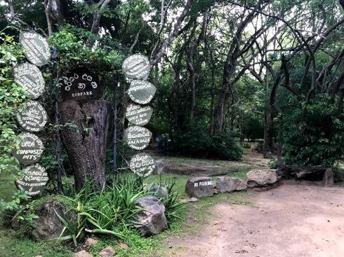 スリランカ・バワ建築紀行3/カンダマラ_c0189970_08433254.jpg