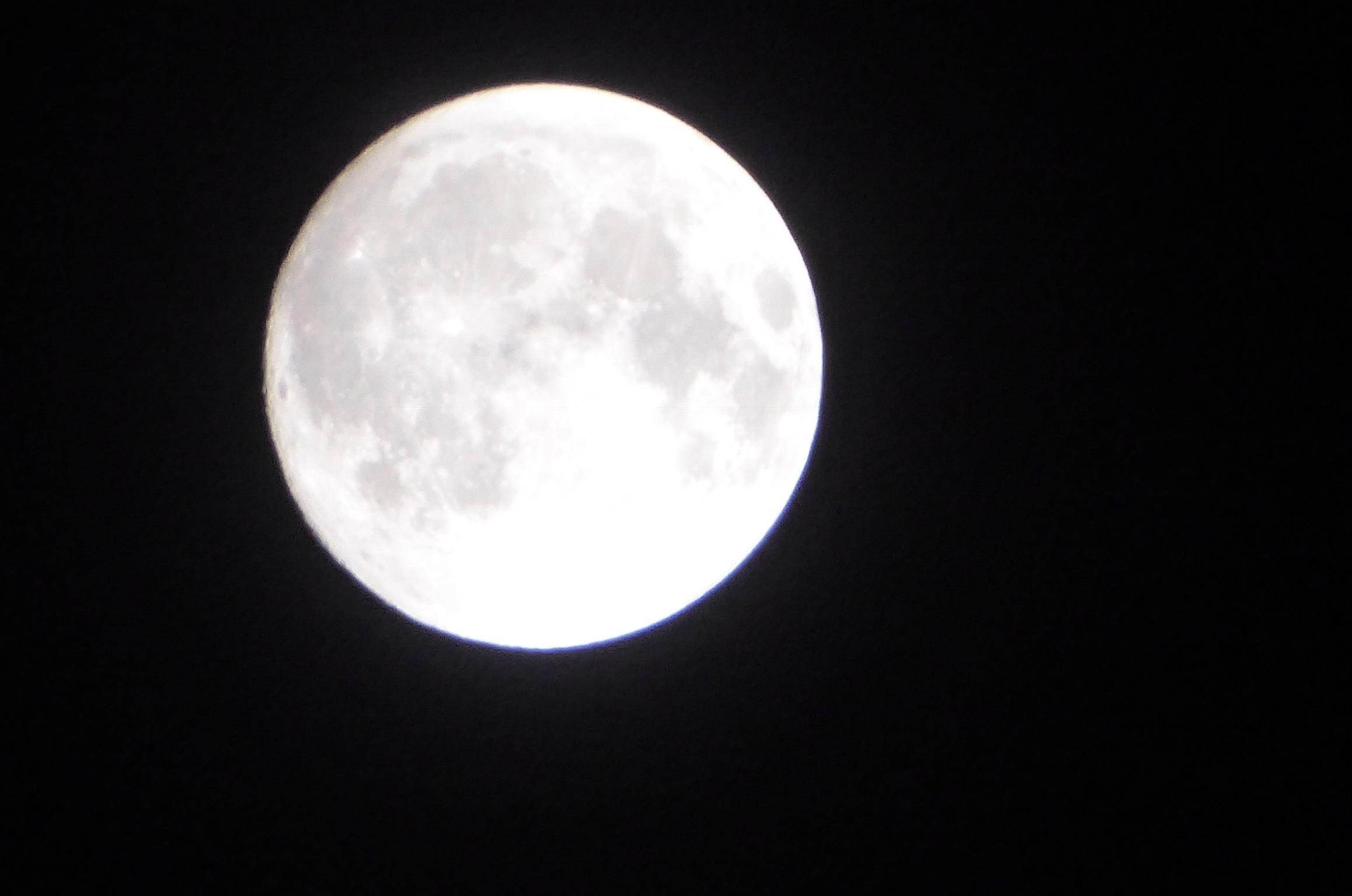昨夜の月_a0050728_06311055.jpeg