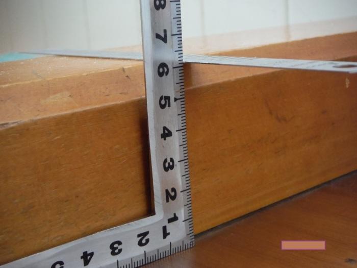 手摺と段差解消 ~ 階段と廊下に。_d0165368_07323548.jpg