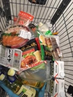 桃太郎トマト、カニとサーモンのちらし寿司 - 今週の日本食_e0350971_08502392.jpg