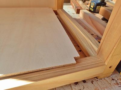 収納テーブル製作のその後・・・_c0336902_19091053.jpg