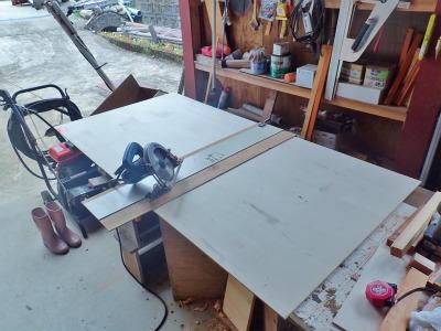収納テーブルの製作(完成)_c0336902_19493638.jpg