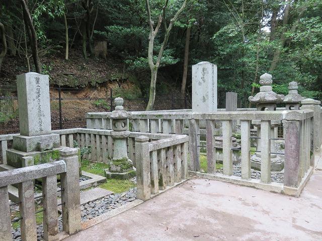 幾松(木戸松子)のお墓(江戸のヒロインの墓⑩)_c0187004_20144517.jpg