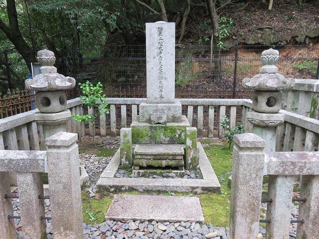 幾松(木戸松子)のお墓(江戸のヒロインの墓⑩)_c0187004_20145797.jpg