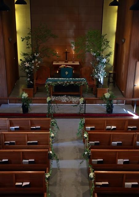 代官山の教会装花 本多記念教会様へ 一会夏の出張レッスン8月25日_a0042928_19195342.jpg