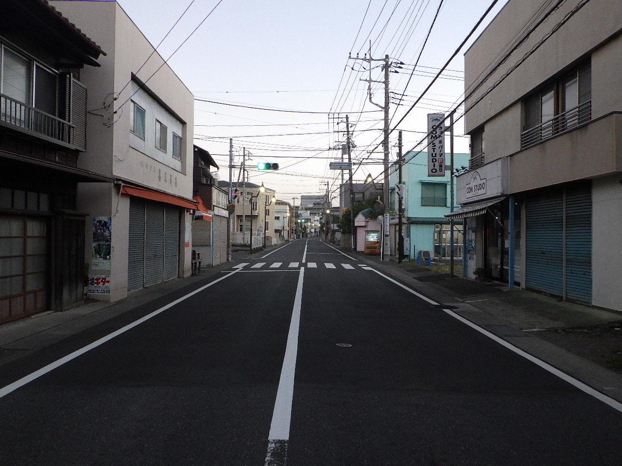 辻堂停車場線舗装工事 完成!_b0330339_08430055.jpg