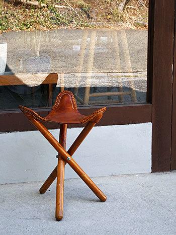 Hunting stool ②_c0139773_16251923.jpg