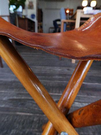 Hunting stool ②_c0139773_17030489.jpg