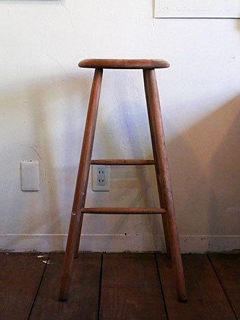 High stool_c0139773_18252498.jpg