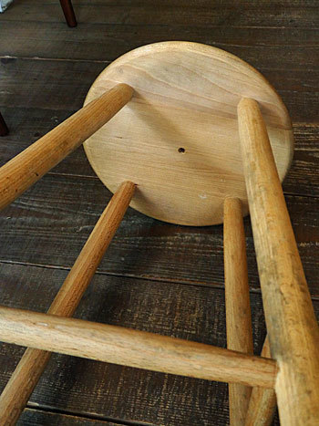 High stool_c0139773_18272863.jpg
