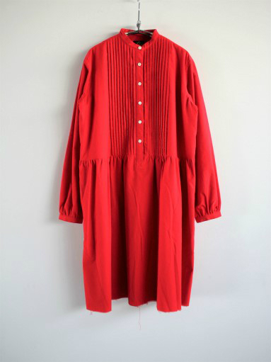 NEEDLES Pin Tuck Dress - Cotton Flannel / Red _b0139281_12345885.jpg