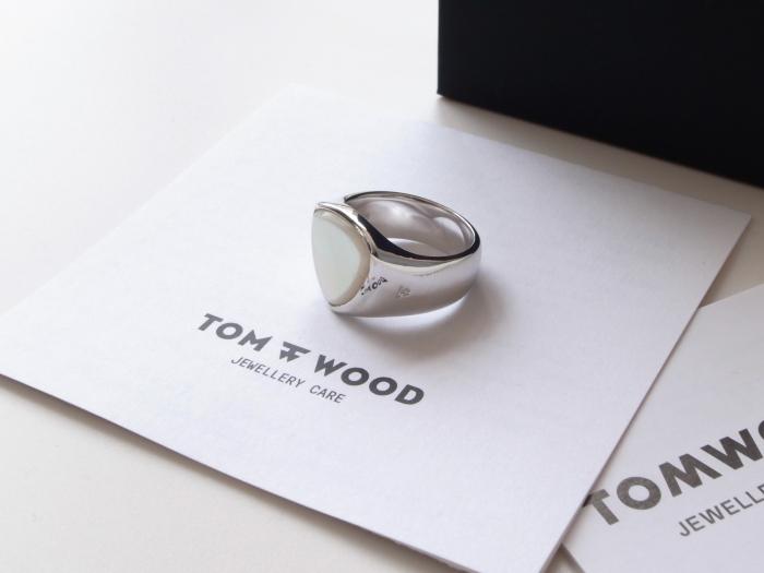 TOM WOOD SHIELD WHITE MOP RING_f0111683_13130758.jpg
