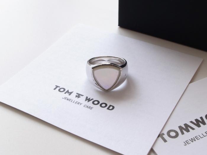 TOM WOOD SHIELD WHITE MOP RING_f0111683_13131199.jpg