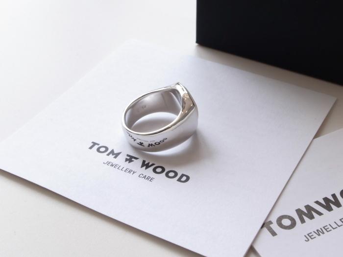 TOM WOOD SHIELD WHITE MOP RING_f0111683_13131976.jpg