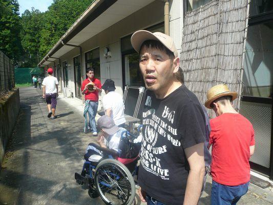 8/28 朝の散歩_a0154110_13492326.jpg