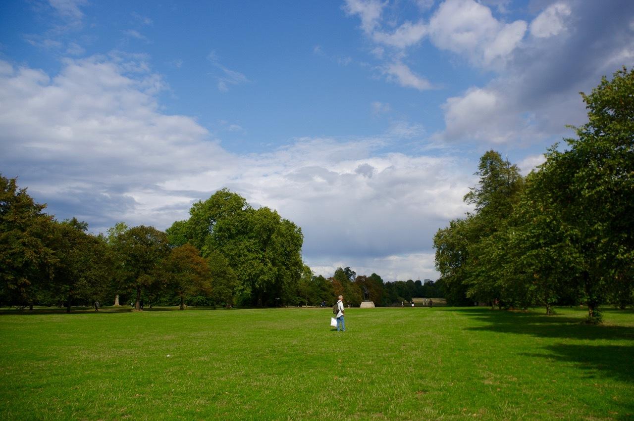 楽しみ盛りだくさん、土曜日のケンジントン・ガーデンズ_e0114020_16352380.jpg