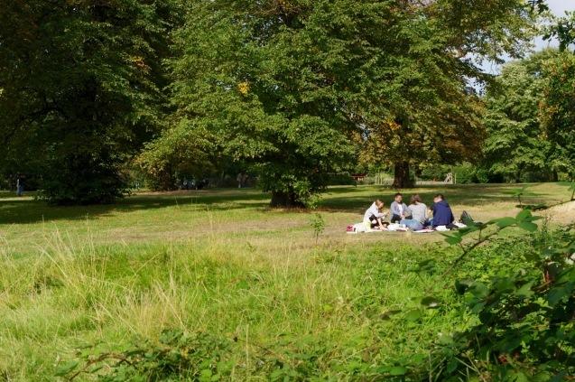 楽しみ盛りだくさん、土曜日のケンジントン・ガーデンズ_e0114020_17093348.jpg