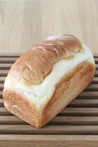 大好きなadachiさんが作るホップ種の食パン_b0345432_19335091.jpg