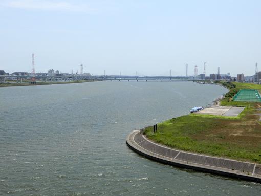 荒川に、パナマ運河の超ミニミニ版。_a0206939_11002571.jpg