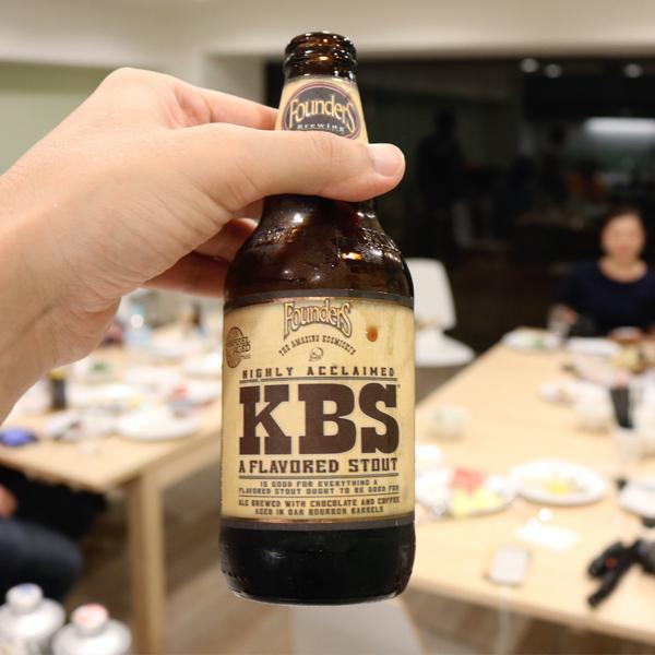 ビールを持ち寄ってひたすら飲み比べをしまくる会_c0060143_11075019.jpg