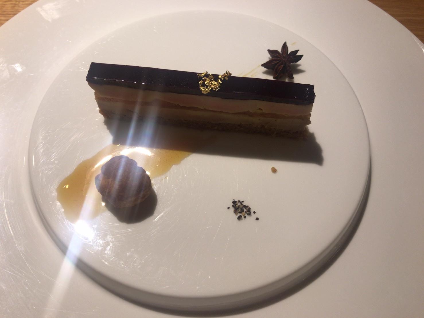 香里(家内)の東京食べある記「シュヴァル・ド・ヒョウタン」_d0177560_15073116.jpg