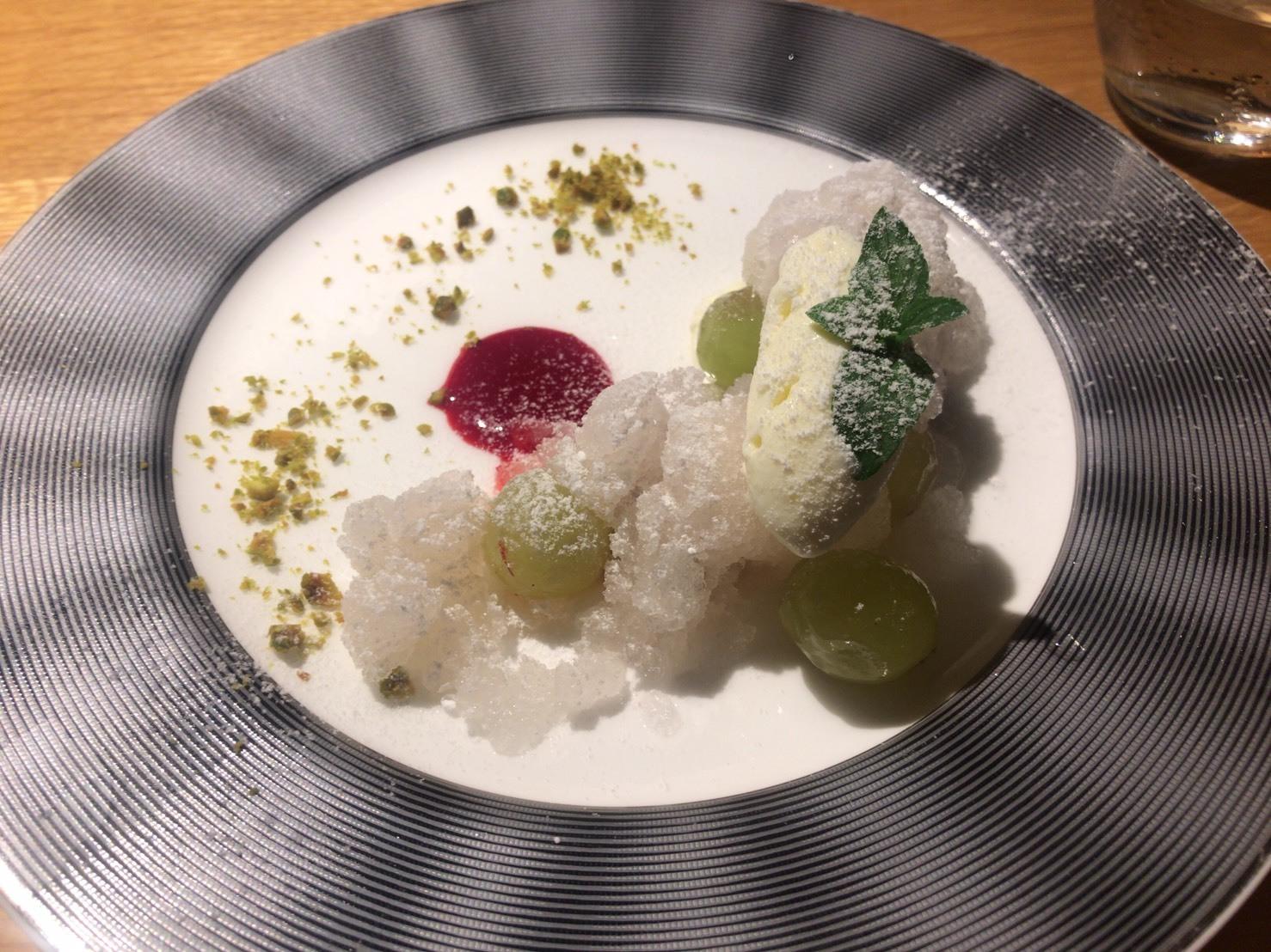 香里(家内)の東京食べある記「シュヴァル・ド・ヒョウタン」_d0177560_15083039.jpg