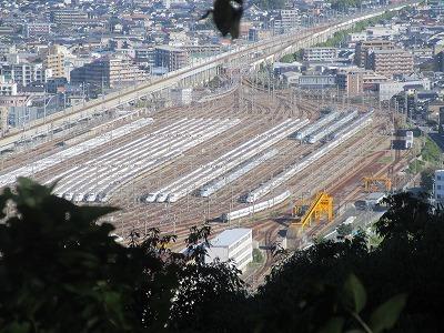 博多新幹線車両基地_a0093965_14573327.jpg