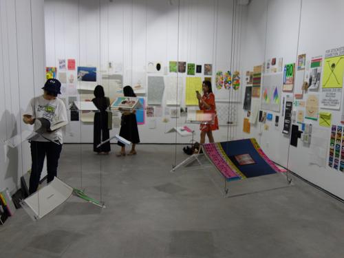 上海 高田唯個展 「高田唯潜水平面設計展」レポートその1_b0141474_08514346.jpg