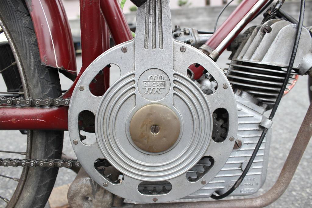 Ducati Cucciolo_a0208987_17285226.jpg