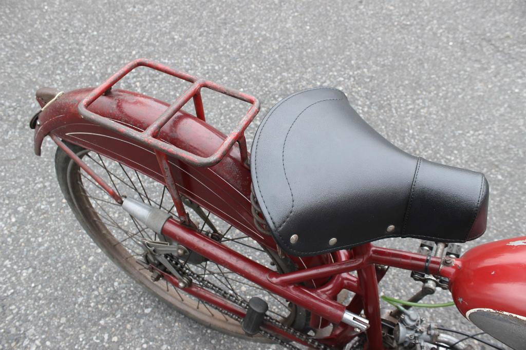Ducati Cucciolo_a0208987_18380893.jpg