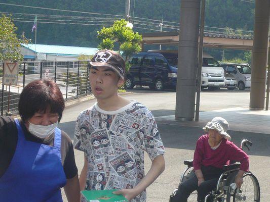 8/29 日中活動_a0154110_16075877.jpg