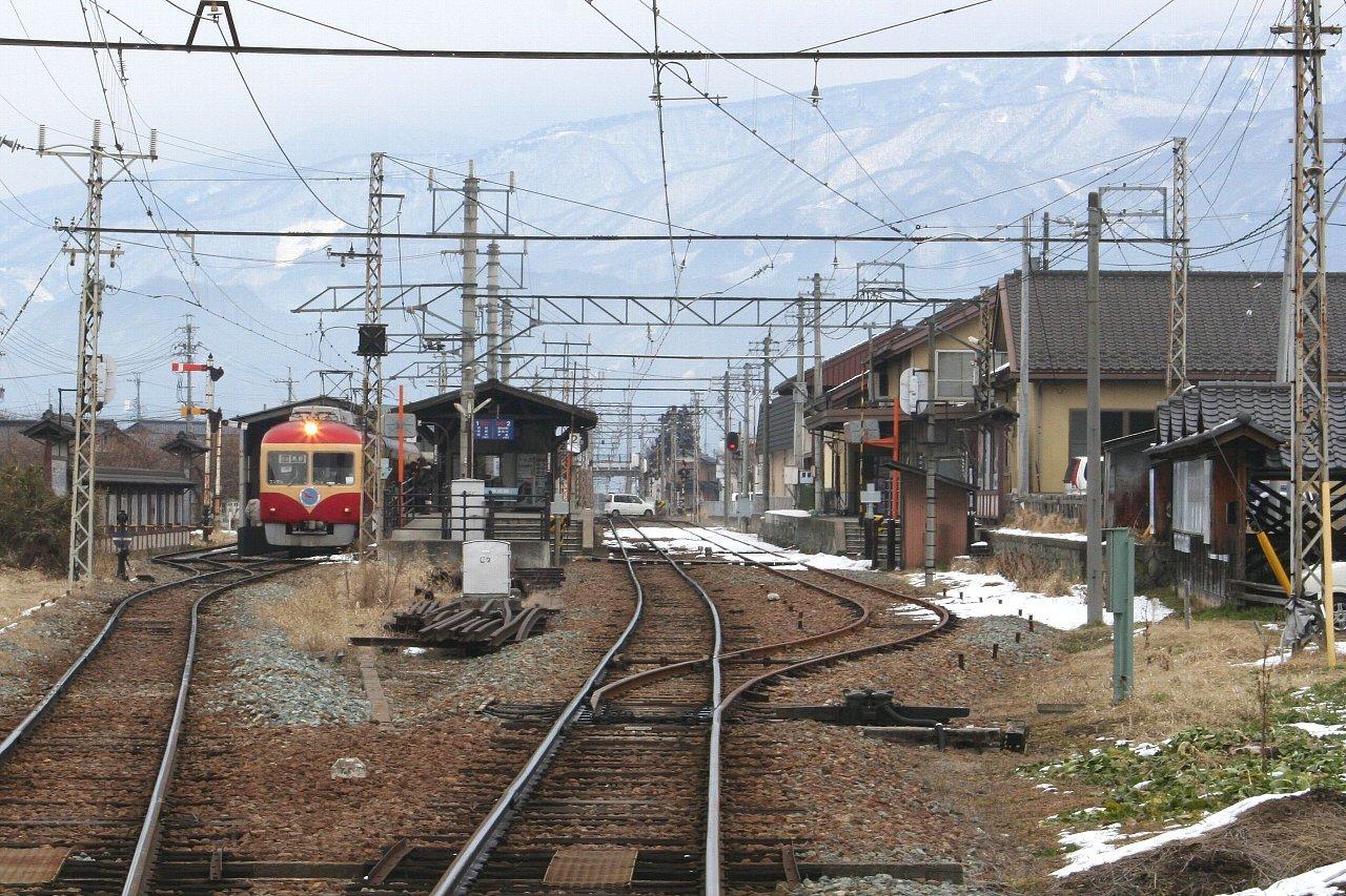 長野電鉄 小布施駅_c0112559_08305528.jpg