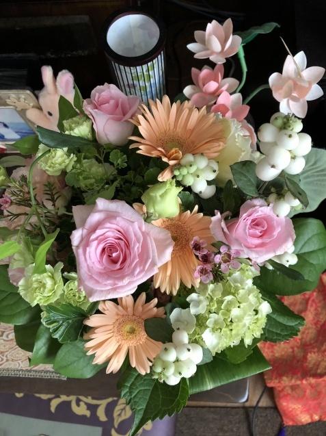8月末の庭「バラ`ラ・フランス'が綺麗に咲いています」_a0243064_12022044.jpg