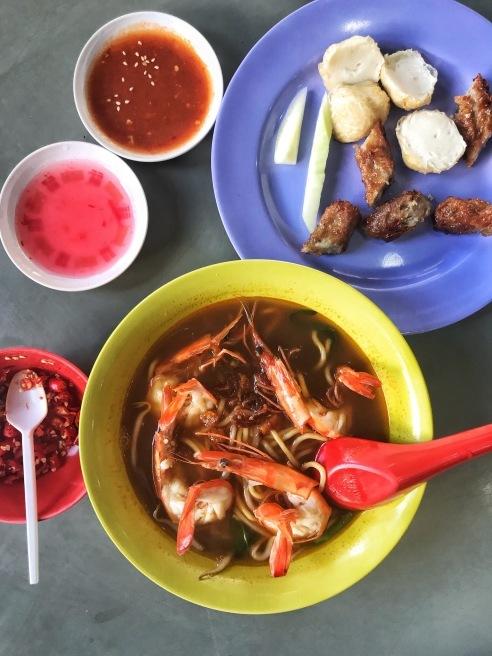 蝦麺を食べ比べ_e0368107_12550409.jpeg