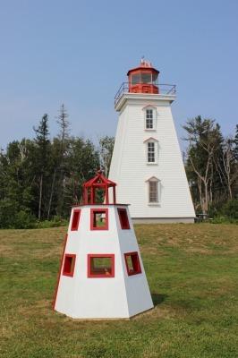 ケープ・ベア灯台とマルコーニ無線局_c0353373_02070099.jpg