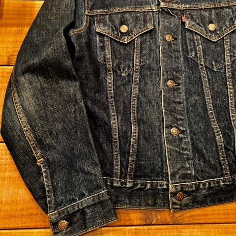 "Early 1970s "" リーバイス \"" - SMALL e - 70505 VINTAGE DENIM TRUCKER JACKET - Rigid Condition - ._d0172088_21495313.jpg"