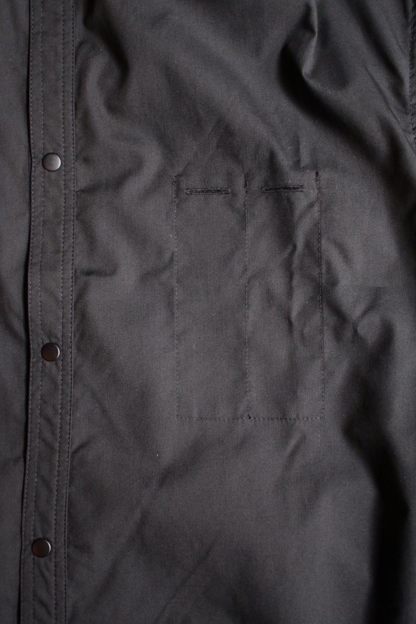 きちんとスタイルのある作業着。Handwerkerのプレスマンシャツ_e0248492_19252323.jpg