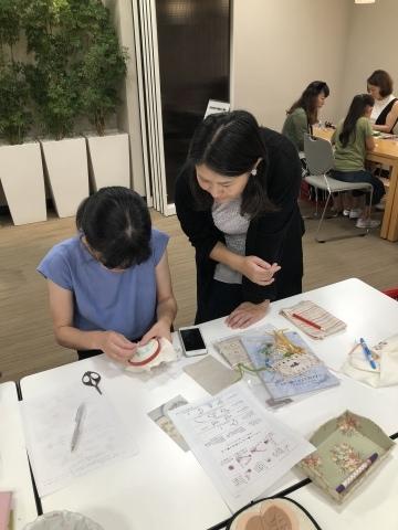 『しあわせのリボン刺しゅう』 出版記念ワークショップ《花リースのコンパクトミラー》増設クラス@西武渋谷サンイデー にご参加くださった皆さま どうもありがとうございました_a0157409_12521219.jpeg