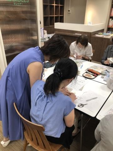 『しあわせのリボン刺しゅう』 出版記念ワークショップ《花リースのコンパクトミラー》増設クラス@西武渋谷サンイデー にご参加くださった皆さま どうもありがとうございました_a0157409_12525196.jpeg