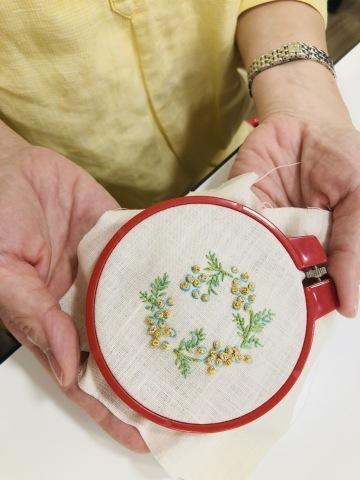 『しあわせのリボン刺しゅう』 出版記念ワークショップ《花リースのコンパクトミラー》増設クラス@西武渋谷サンイデー にご参加くださった皆さま どうもありがとうございました_a0157409_12584759.jpeg
