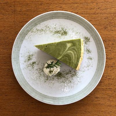 抹茶のチーズケーキ_b0102217_17313348.jpg