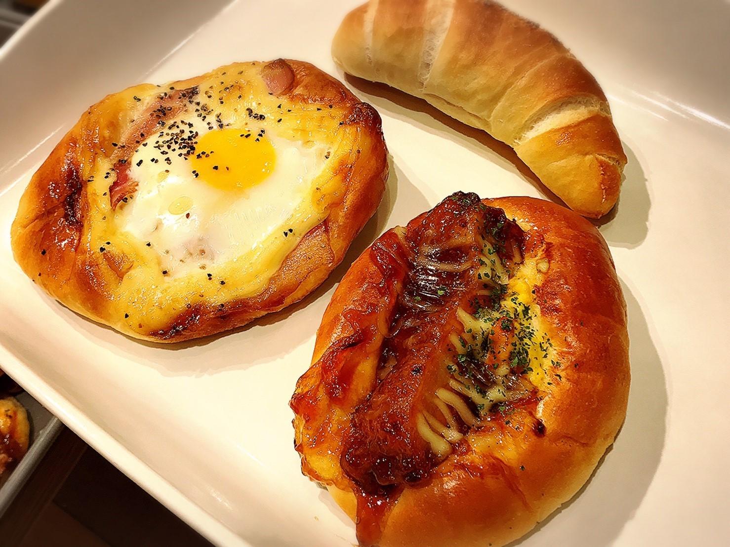 焼きたてパンの店 DONGURI/札幌市 東区_c0378174_11385606.jpg