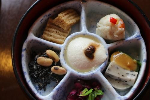明治150年記念・日本を変えた「千の技術博」見学後の昼食は、韻松亭(上野公園内)で_c0075701_23213857.jpg